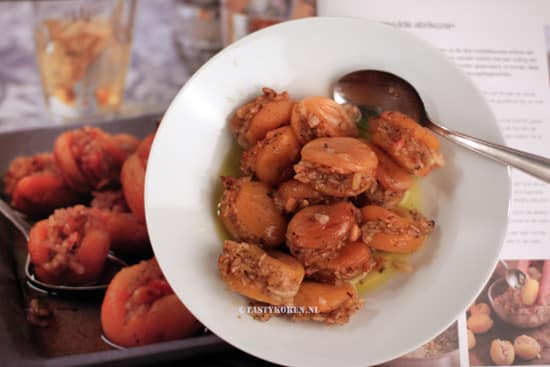 Gevulde gedroogde abrikozen